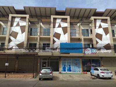 ให้เช่า - 9A4MG0126 ให้เช่าอาคารพาณิชย์ 3 ชั้น  พื้นที่ 19 ตารางวา มี 4 ห้องนอน 3 ห้องน้ำ 1 ห้องครัว จอดรถได้ 2 คัน ราคา 15, 000 บาทต่อเดือน