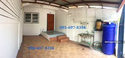 For Rent - townhome for rent near Rangsit University