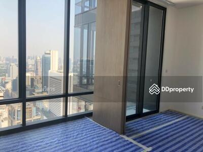 ขายดาวน์ - ขายใบจอง Ashton Silom  ใกล้ BTS ช่องนนทรี ห้อง 12 ชั้น 43 ตึกหลัง เนื้อที่ 33 ตรม. ทิศตะวันออก วิวสุขุมวิท เห็นสวนลุม พร้อมเข้าอยู่