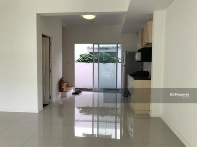 For Rent - House for rent  INDY 2 Pracha-Utit 90 Near Sarasart School 2 bedroom Nice for home office   CTC-00077
