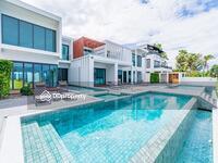 ขาย - Stunning Beach Front Residence With 6 Bedrooms
