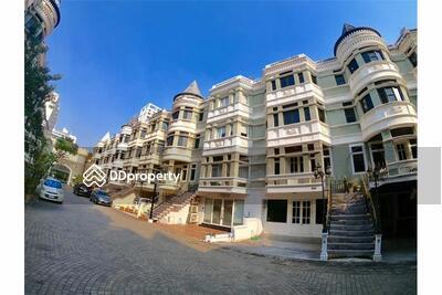 ขาย - (920151002-2901) Luxury Townhouse for Sale - Sukhumvit 31