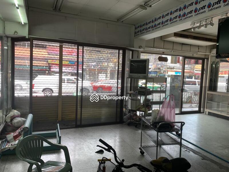 Bangkok Shophouse Sukhumvit 71 BTS Phra Khanong BRE4534 #76685142
