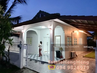 For Rent - Single detached 50 sq. w. 2 bed 2 bath, only 9500/month. Large, near market, Shop7/11