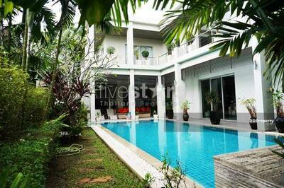 For Sale - Beautiful contemporary pool villa close to the Bang Tao Beach [HHKT25157