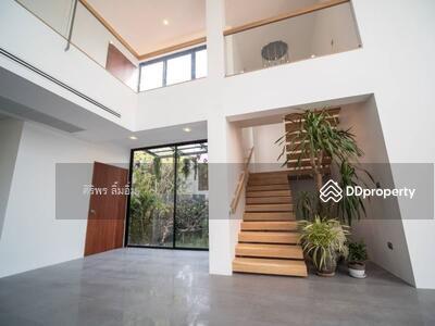 ขาย - บ้านสร้างใหม่พร้อมอยู่ สวยสง่างาม สระว่ายน้ำส่วนตัว ทำเลทอง ห้ามพลาด ติดต่อด่วนค่ะ