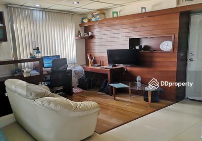 For Sale - ขาย ลุมพินี เซนเตอร์ ลาดพร้าว 111 (ห้องมุม) ชั้น8 ตึกA (ติดรถไฟฟ้าสายสีเหลือง) พร้อมเฟอร์และเครื่องใช้ไฟฟ้า