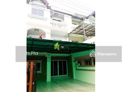 ขาย - Fully Renovated Townhome for Sale in Sukhumvit 66/1(SPSP101)
