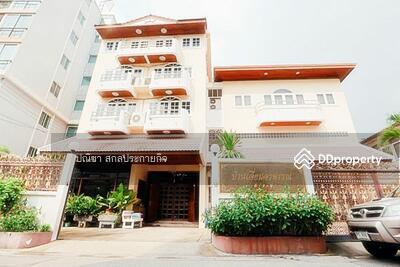 ขาย - ขาย บ้านเดี่ยวสุทธิสาร 2 หลัง 4 ชั้น และ 3 ชั้นเนื้อที่ 100 ตรว. พื้นที่ใช้สอยรวม 800 ตรม.