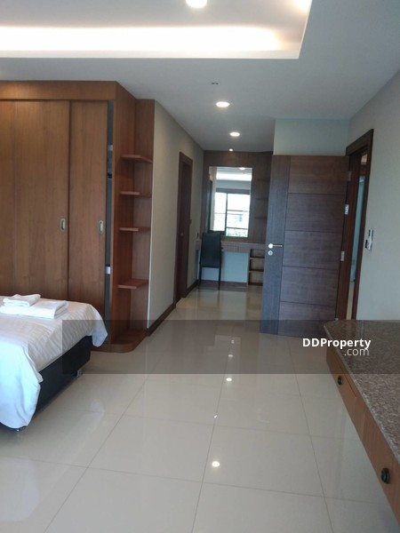 2 Master Bedroom Condo for Rent in the City, Charoen Muang , Wat Ket , Chiang Mai** Free Wifi and Cleaning** #76008578