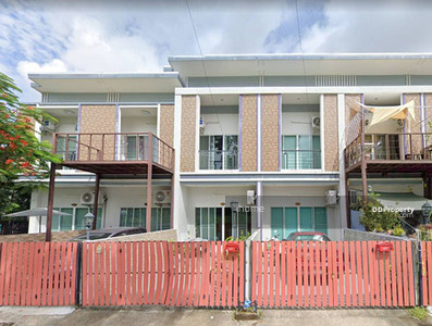 For Rent - 5A3MG0527 - A townhouse for rent with 2 bedrooms, 3 toilets and 1 kitchens.