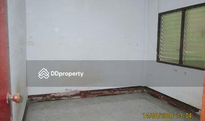 ขาย - ขายถูก! ทาวน์เฮ้าส์ หมู่บ้านถาวร 6 จังหวัดประจวบคีรีขันธ์ 03-88-04017