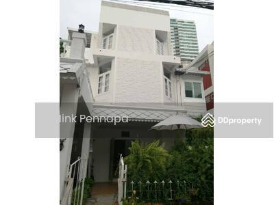 For Sale - ขาย บ้านแฝด 3 ชั้น ซอยทองหล่อต้นๆ สุขมวิท 55 ระยะเพียง 1 KM จาก BTS ทองหล่อ
