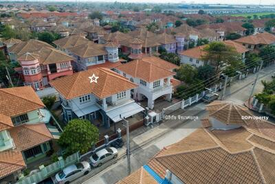For Sale - Urgent! Newly renovated house with electronic fence! House at Passorn 2 Rangsit-Klong 3 for sale! 60 Sq. W, Best deal in this housing estate! Down Payment 0 Baht!