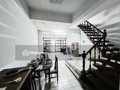 For Sale - ขายบ้านสวย หมู่บ้านไพโรจน์ ติดเซ็นทรัลบางนา ต่อเติม ปรับปรุงทั้งหลัง ราคาถูกมาก