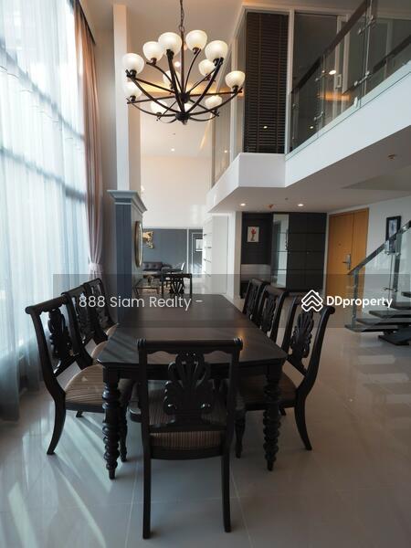 Circle Condominium #77385322