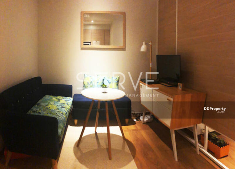 Homey Style Studio  Close to BTS Phrom Phong & The Emporium / Condo For Rent & Condo For Sale -Park