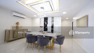 ขาย - Rare! 4 bedrooms Duplex in very high floor Developer's collection unit