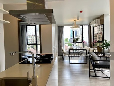 For Rent - (For Rent) maestro 02 Ruamrudee, 88 sq. m. , 3 bedrooms, fully furnished and electric appliances. The rental price is only 55, 000, ready to move in.