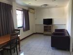 เช่า ทาวน์เฮาส์ ตึกแถว 3 ชั้น  2 ห้องนอน 2 ห้องน้ำ ขนาด 80 ตรม  เตยา เล็ควิว อพาร์ทเม้นท์ Teja Lakeview Apartments ฟรี wifi  BTS นานา
