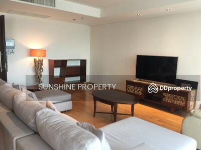 ให้เช่า - Condo For Rent Belgravia Residences 4 Bedroom 5 Bathroom with maidroom and private lift. location Phrompong.