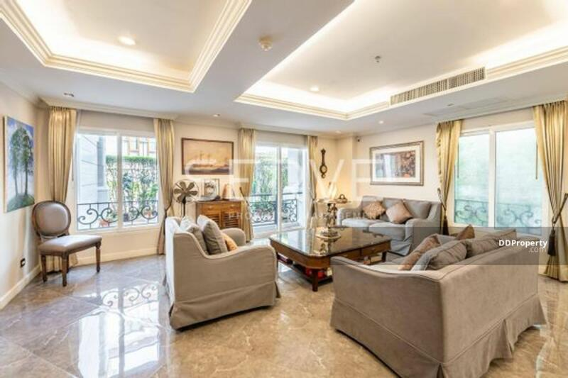 Good Deal with Luxury Style 3 Beds Large Unit Close to BTS Thong Lo-La Vie En Rose Place (ลาวี ออง โ