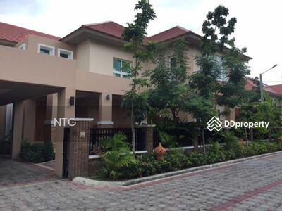 ขาย - SALE : บ้านเดี่ยวหลังใหญ่พร้อมสระว่ายน้ำส่วนตัว หมู่บ้านนิชดาธานีในโรงเรียนนานาชาติ International school Bangkok (SH126)