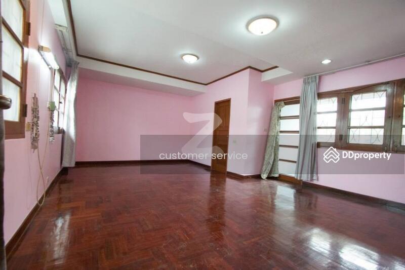 ให้เช่า  บ้านเดี่ยว 3 ชั้น ซอย โชคชัย 4 แยก 30 #78940760