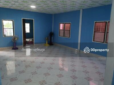 ขาย - ขายถูกมาก! !! บ้านเดี่ยวชั้นเดียวพร้อมอยู่ 1 ห้องนอน 1 ห้องน้ำ หมู่บ้านรพีพัฒน์ คลองสี่