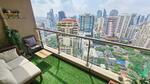 2-bedroom high floor condo 400m from BTS Asoke! [ABKK27581