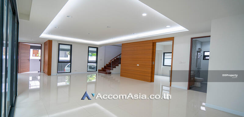 house 3 Bedroom for sale in Sukhumvit 71 Bangkok Phrakhanong BTS AA27940 #85688716