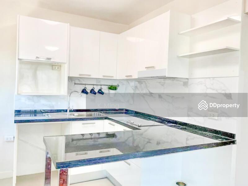 สุพีเรียร์ คอนโดมิเนียม เมืองทองธานี - Superior Condominium. #79401094