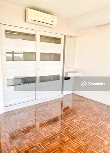 สุพีเรียร์ คอนโดมิเนียม เมืองทองธานี - Superior Condominium. #79401096