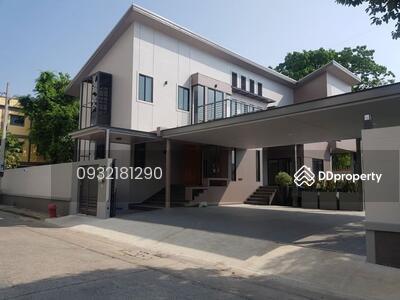 ให้เช่า - ให้เช่า บ้านเดี่ยว Sukhumvit 39 , Prompong BTS แบบ 3ห้องนอน 4ห้องน้ำ พท. ใช้สอย625ตรม. เช่า200, 000บาท ติดต่อ 0932181290 คุณ เก๊ะ