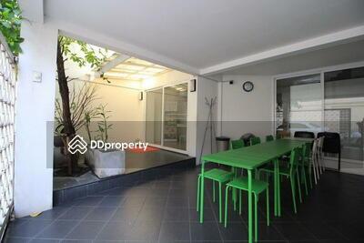 ให้เช่า - For Rent Bangkok Town House Sukhumvit BTS Ekkamai Watthana BRE14713