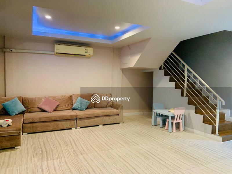 For Rent Bangkok Single House Din Daeng MRT Huai Kwang BRE14709 #79551924