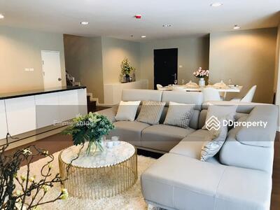 For Rent - For ((RENT)) Price 90, 000. Condo BELLE GRAND RAMA 9 – 5 Beds 4 Baths, P (Podium) Floor, 240 Sq. m. (Duplex)