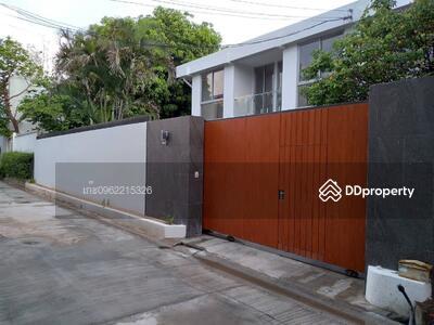 ขาย - ด่วน! บ้านเดี่ยว สุขุมวิท71-ปรีดีพนมยงค์ แบบ 3ห้องนอน 3ห้องน้ำ พท. ใช้สอย330ตรม. ขาย35MB. @LINE:0962215326 คุณ เก๊ะ