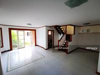 For Sale - 2 Storey Home 3bed2bath Land And House  0909897810