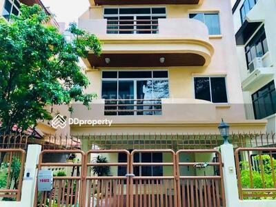 ให้เช่า - 3 bedrooms For Rent in Phrom phong, Bangkok