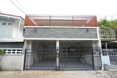 For Rent - Townhouse for rent. Soi Ratchadaphisek 3, Yoo Charoen Village, Suthisan, Ratchada, Huay Kwang / 50-TH-63057