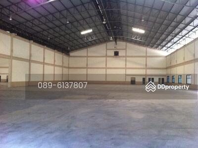 ให้เช่า - ให้เช่าโกดังเทพารักษ์ 300/1, 300/2, 100 ตรม. ค่าเช่า 130 บาทต่อตรม. Warehouse for rent  Teparuk road  130 ฿ / sqm.