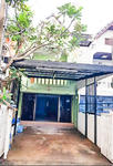 For Sale, Town House 2 Floors, Good Condition Size 72 Sq. m. , Parking Available  - Chokchai 4 Soi 40.