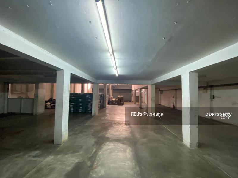 ขายอาคารพาณิชย์ 3 ชั้นครึ่ง 3คูหา ตีทะลุ 78 ตรว ผลตอบแทนสูง