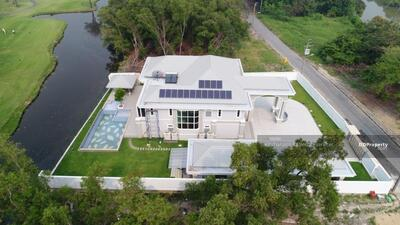 For Sale - express! A luxury mansion located in the area of The Royal Golf and Country Club, 6 bedrooms, 5 bathrooms, usable area of 780 sq m, area 400 sq m, 2 floors for sale 65 baht @ LINE: 0962215326 Khun Kae