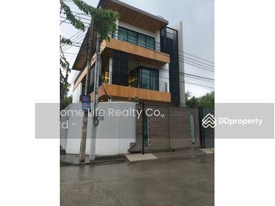 For Sale - ขายบ้านเดี่ยว 3 ชั้น แถวแบริ่ง เขตบางนา กรุงเทพ (รหัสทรัพย์ H10-01-1220)