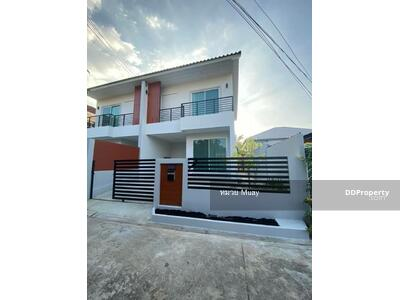 ให้เช่า - HOUSE FOR RENT at Ratchada 42 28, 000/month