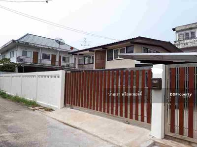 For Rent - 2 storey house for rent, home office, Soi Phaholyothin 44, size 100 tarawa, 3 bedrooms, 3 bathrooms, BTS Royal Forest Department
