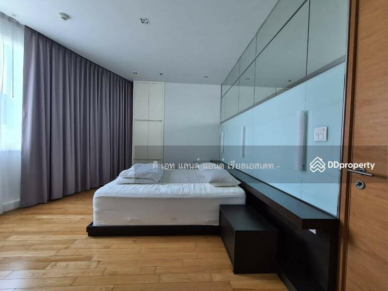 Millennium Residence @ Sukhumvit condominium #81924806