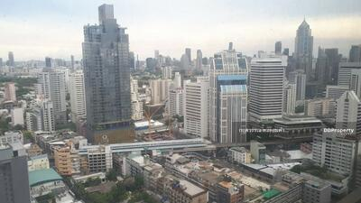 ขาย - ขายคอนโด Sukhumvit Suite สุขุมวิท 13 ใกล้ BTS นานาและ MRT ห้องใหญ่ ชั้น 37 วิวสวยมาก